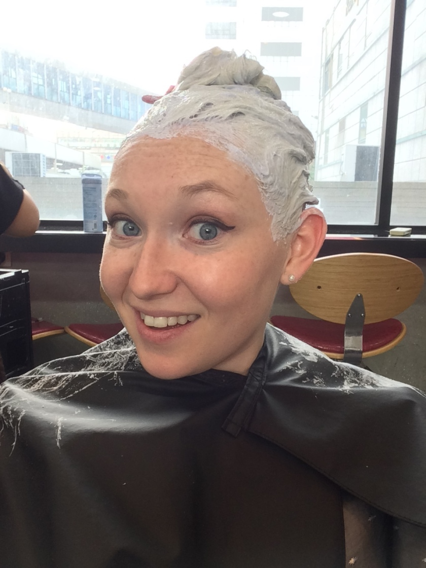 Strawberry Blonde To Platinum Dyeing My Hair At Lucy
